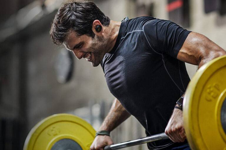 WORKOUT OUTFITTER 3 Fitness Gadgets to Level Up Your Workout https://www.workoutoutfitter.com/3-fitness-gadgets-to-level-up-your-workout/